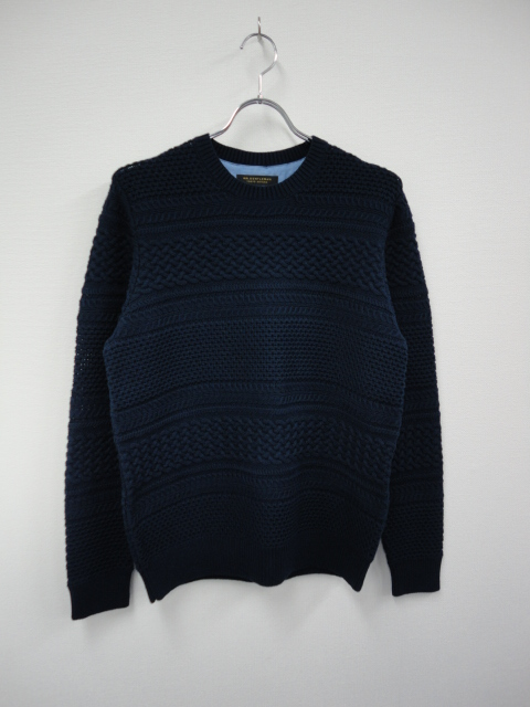 KN03 BORDER CABLE KNIT SWEATER NVY.JPG