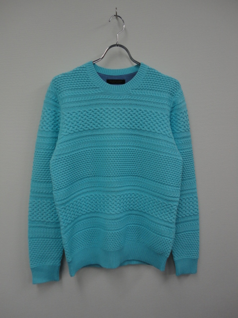 KN03 BORDER CABLE KNIT SWEATER TQS.JPG